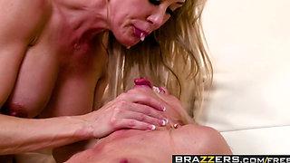 Brazzers   Pornstars Like it Big   Alexis Fawx Brandi Love Keiran Lee   Internet Outage Poundage   Trailer preview