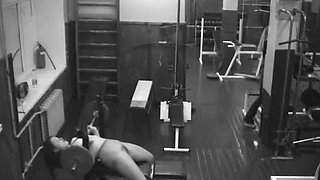 Sexy Chick Shows Her Sexy Body While Playing In The Gym