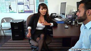 boss tiffany rain seduces her employee by spreading her legs